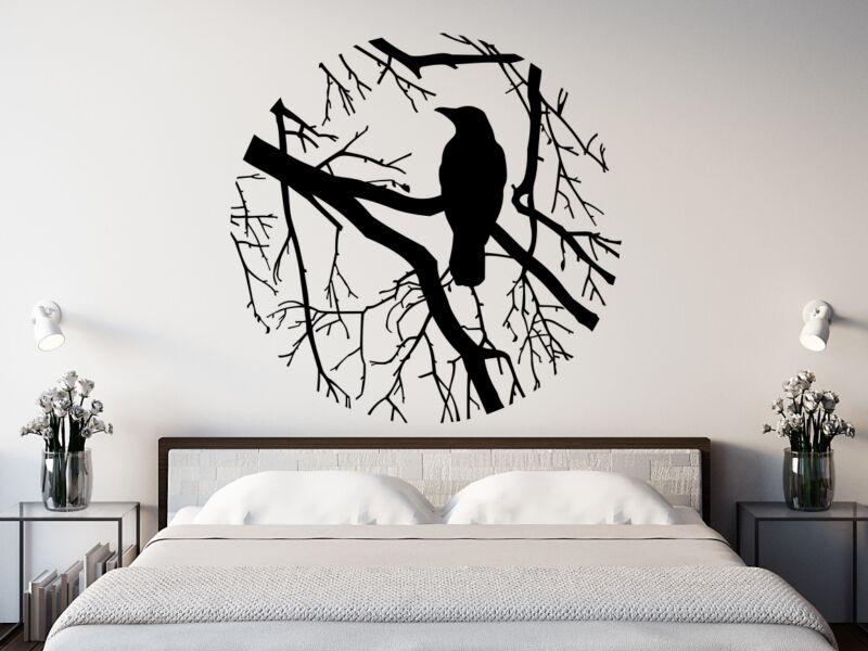 Fán ülő varjú Falmatrica