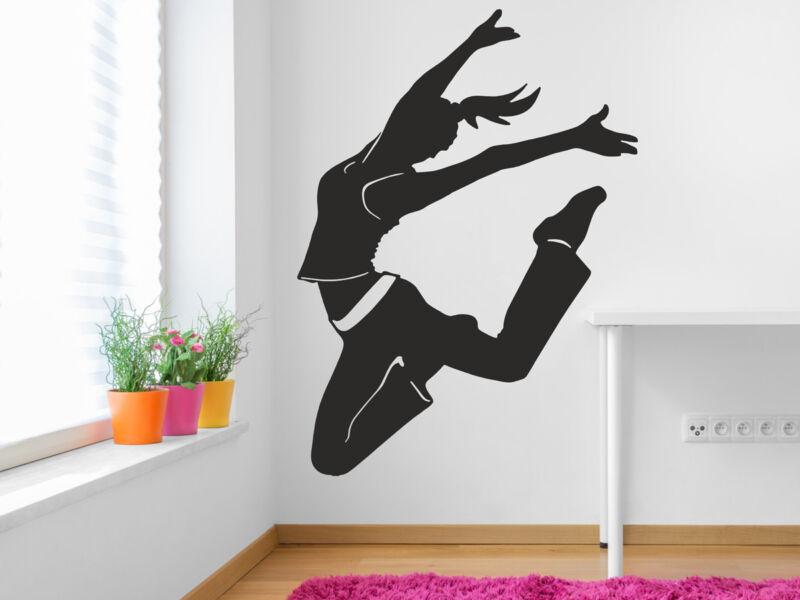 Táncoló lány falmatrica
