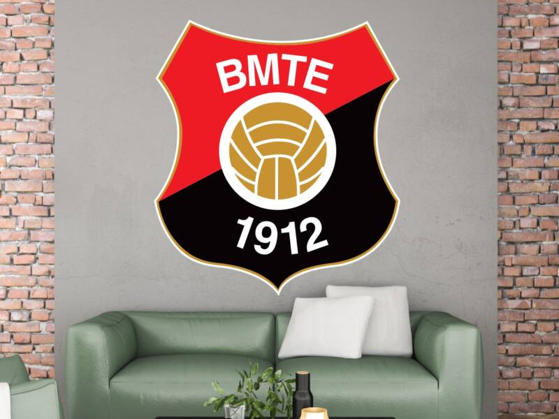 BMTE Logo Színes Falmatrica